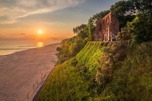 Trzęsacz plaża okolice Rewal atrakcje